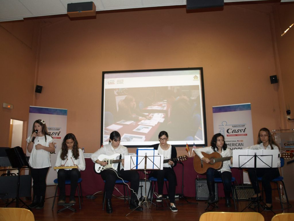 Students of Casvi School Chorus  Villaviciosa de Odón