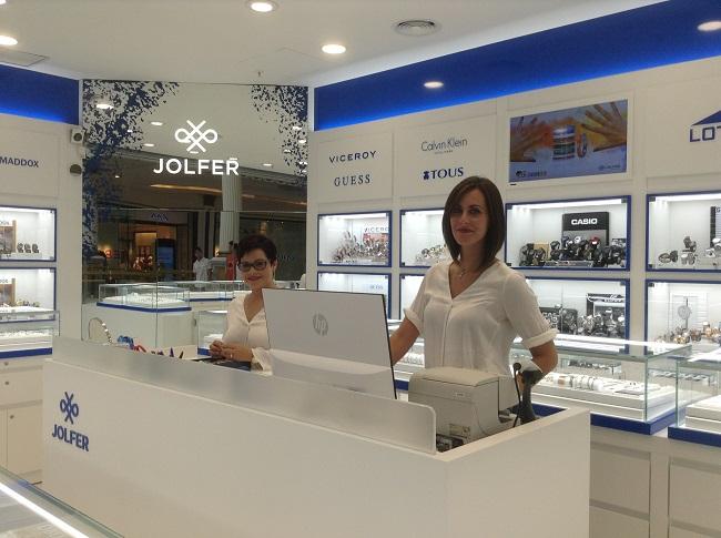 47823e998878 El Centro Comercial Plaza Norte 2 de San Sebastián de los Reyes (Madrid)  acoge desde hace 20 años esta Joyería-Relojería que ha cambiado de imagen  mostrando ...